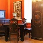 Gulbenes muzejā mājas rod Madernieka dizaina mēbeļu ansamblis